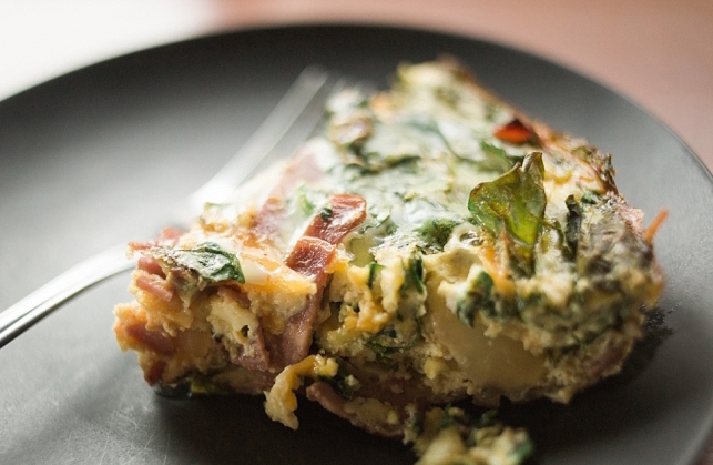 Light Crustless Spinach and Turkey Bacon Quiche
